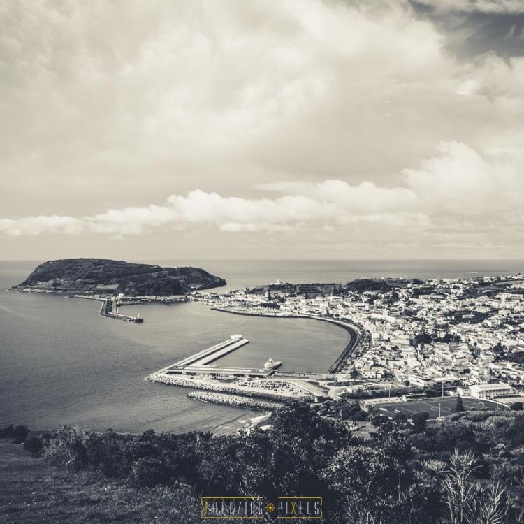 Freezing Pixels - Azores B&W