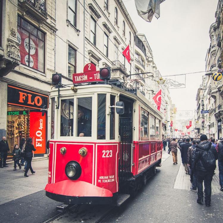 Freezing Pixels - Istanbul